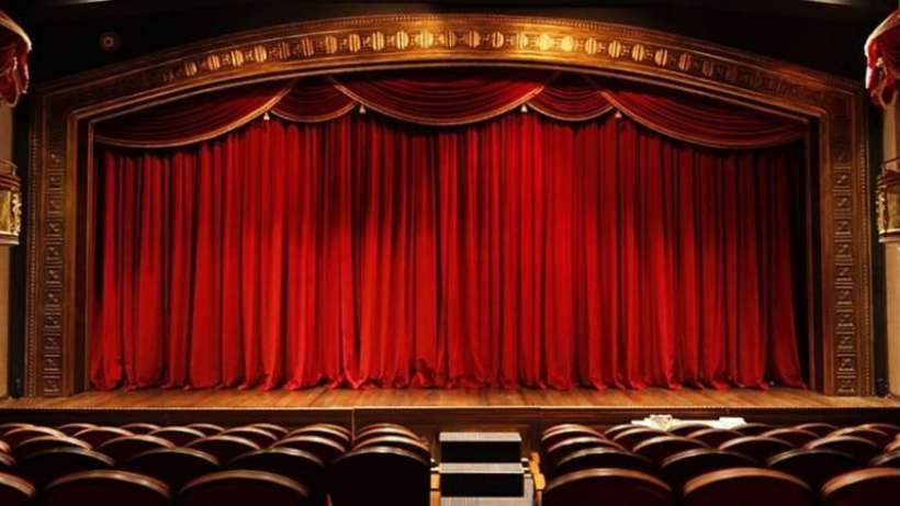 'Tiyatro emekçilerinin asgari yaşamsal koşulları sağlansın'