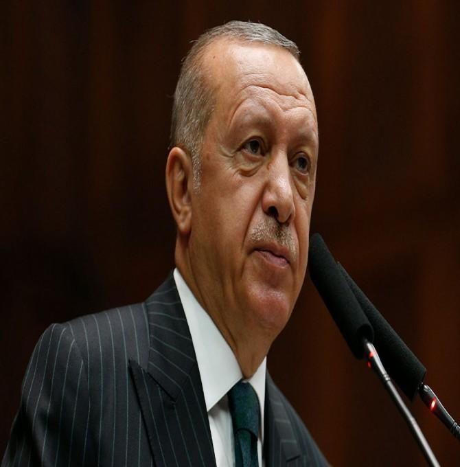 Davutoğlu'na yakın isimden Erdoğan'a 'AKP'den istifa et' çağrısı