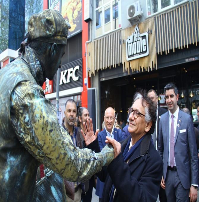 """""""Dünya Sanat Günü"""" Kartal'da çeşitli etkinliklerle kutlandı"""