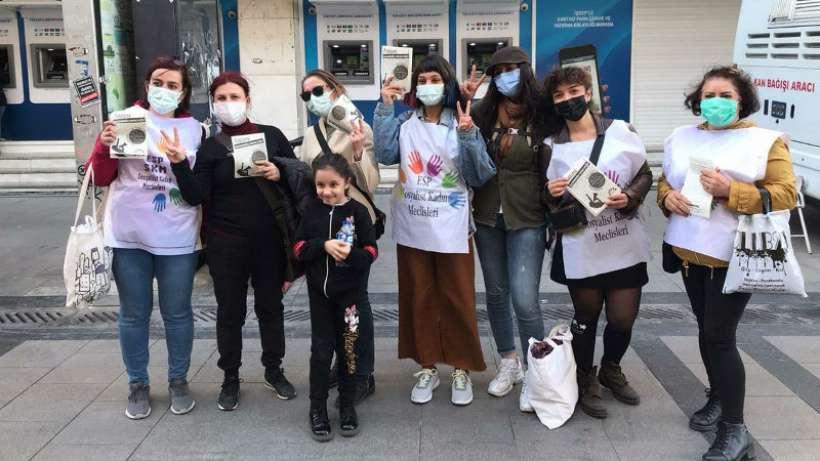 İzmir'de kadınlara 8 Mart çağrıları sürüyor