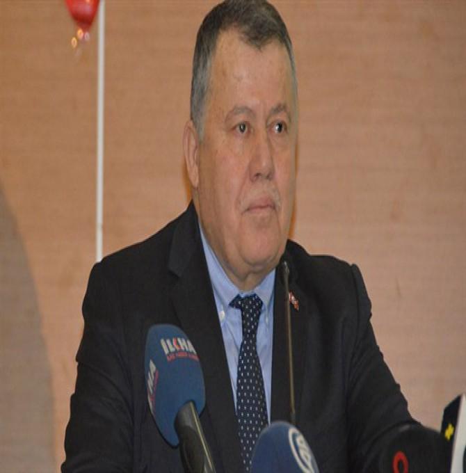 Yargıtay Başkanı'ndan Saray'a gitmeyecek barolara tepki