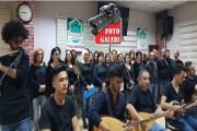 Yaşam-Der korosu Ahmet Kaya ve Kazım Koyuncu için söyledi