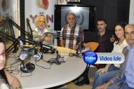 Halk müziğinin ustaları Yön Radyo stüdyosunda