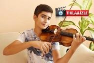 Mozart ödüllü Ali İnsan  kemanı ve şarkıları ile büyülüyor...Yaşıtı Berkin için söyledi